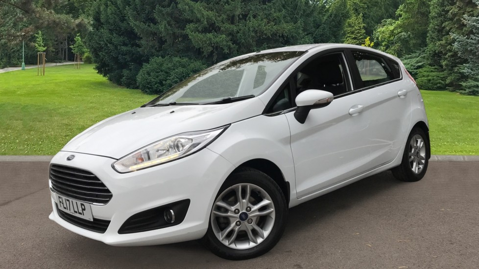 Ford Fiesta 1.0 EcoBoost Zetec Powershift image 3 thumbnail
