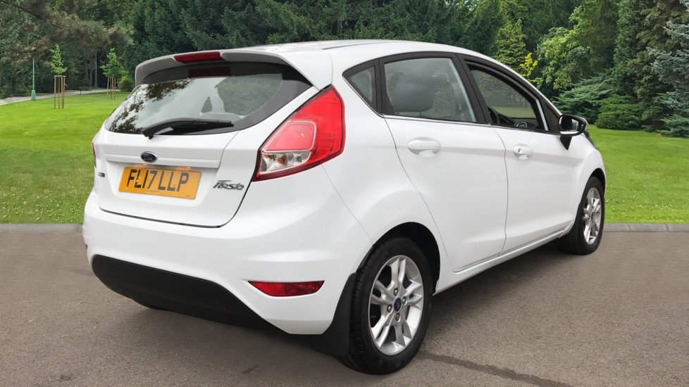 Ford Fiesta 1.0 EcoBoost Zetec Powershift image 5 thumbnail