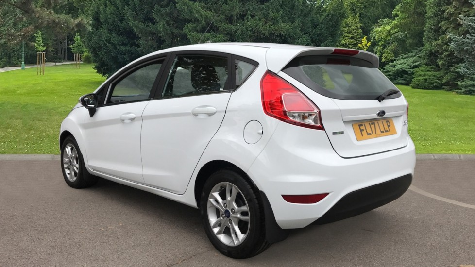 Ford Fiesta 1.0 EcoBoost Zetec Powershift image 7 thumbnail