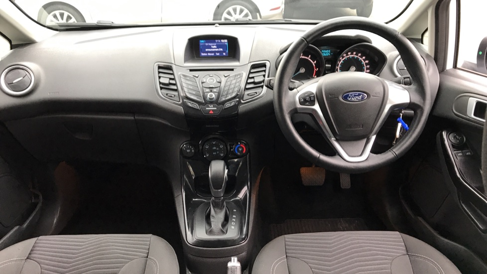 Ford Fiesta 1.0 EcoBoost Zetec Powershift image 11 thumbnail