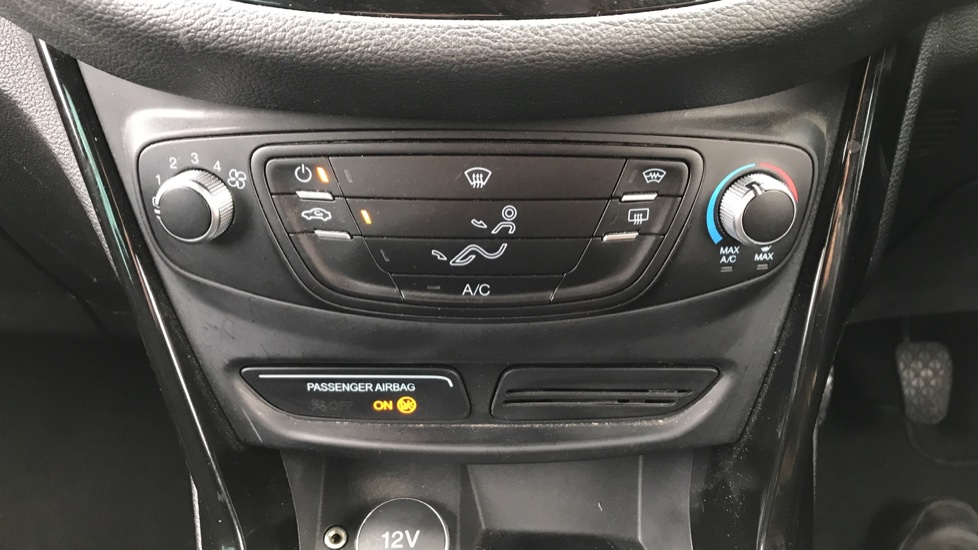 Ford B-MAX 1.0 EcoBoost Zetec 5dr image 16