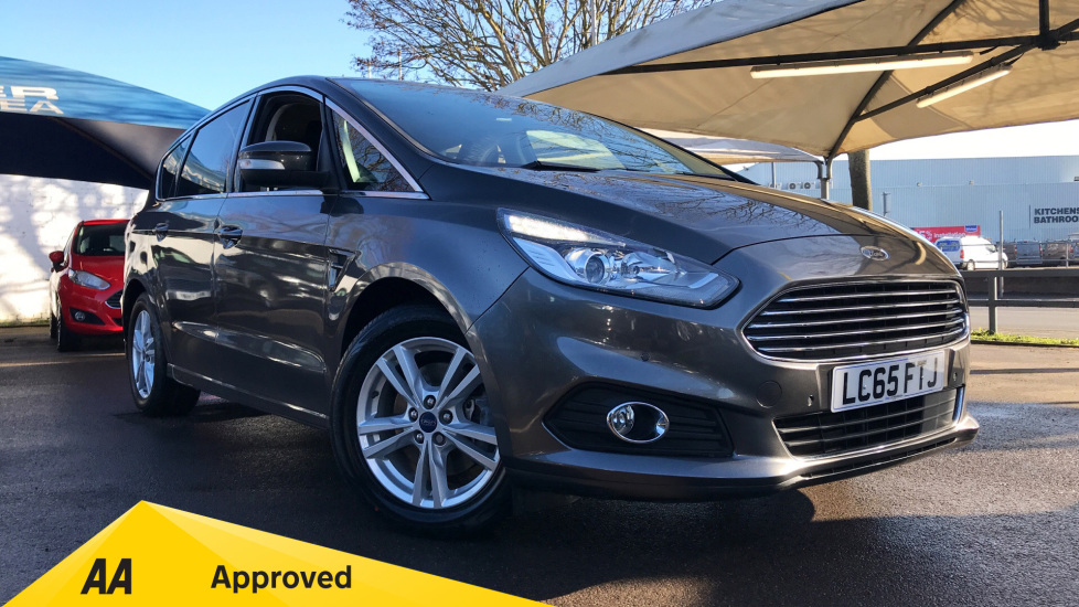 Ford S-MAX 2.0 TDCi 150 Titanium [Nav] 5dr Powershift Diesel Automatic Estate (2016) image