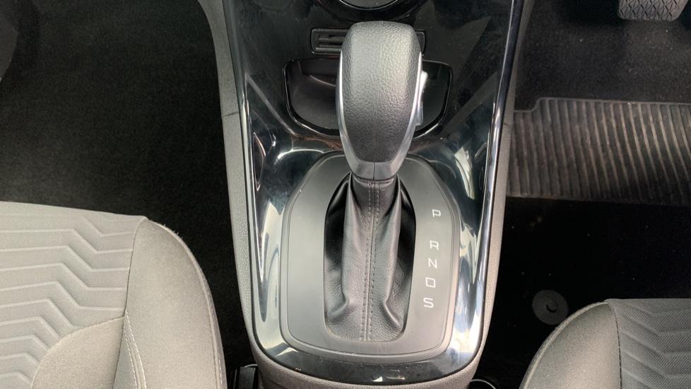 Ford Fiesta 1.0 EcoBoost Zetec Powershift image 17