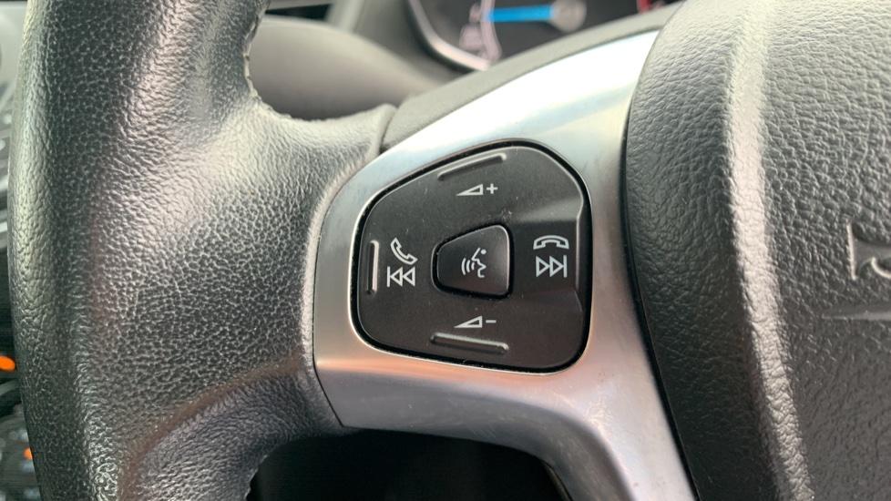 Ford Fiesta 1.0 EcoBoost Zetec Powershift image 18