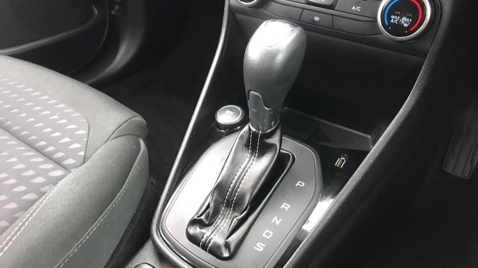 Ford Fiesta 1.0 EcoBoost Zetec image 17