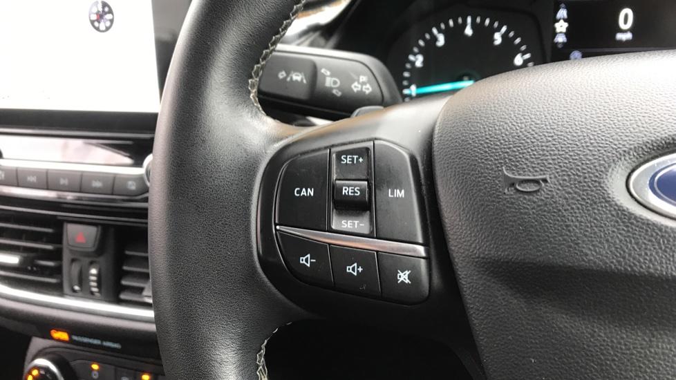 Ford Fiesta 1.0 EcoBoost Zetec image 18