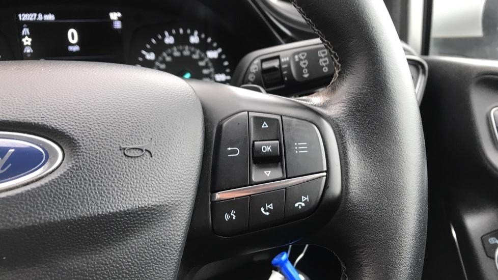 Ford Fiesta 1.0 EcoBoost Zetec image 19
