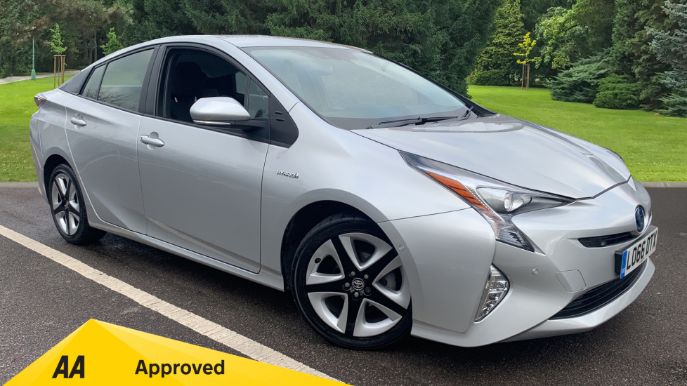 Toyota Prius 1.8 VVTi Business Edition Plus 5dr CVT Petrol/Electric Automatic Hatchback (2016) available from Doves Vauxhall Southampton thumbnail image