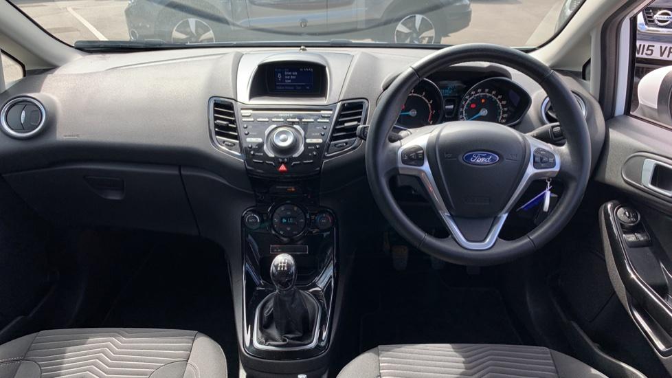Ford Fiesta 1.0 EcoBoost Titanium 5dr image 11