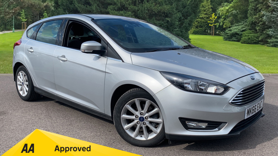 Ford Focus 1.0 EcoBoost 125 Titanium Automatic 5 door Hatchback (2016) image