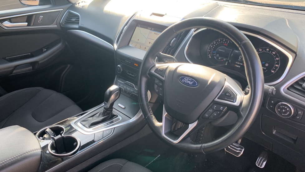 Ford S-MAX 2.0 TDCi 210 Titanium Sport 5dr Powershift image 12