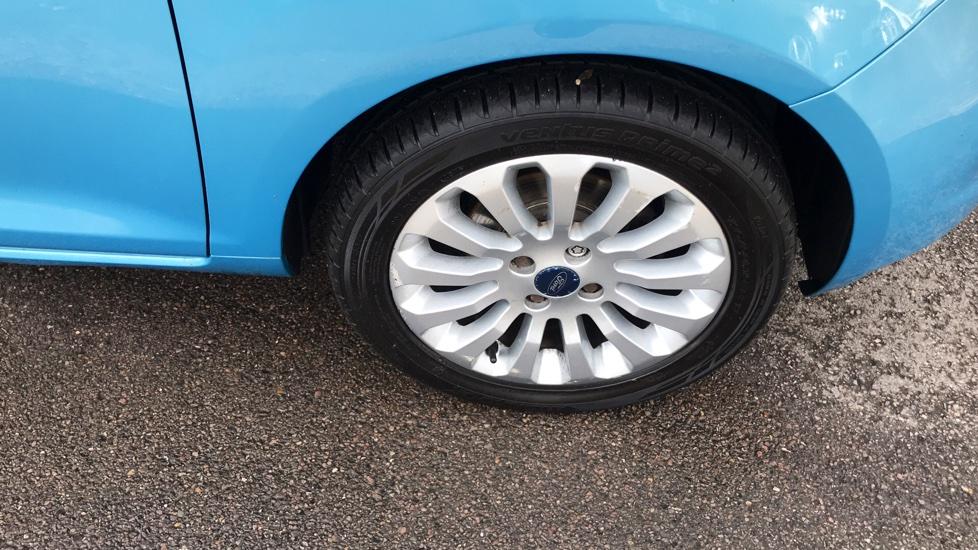 Ford Ka 1.2 Zetec 3dr image 2