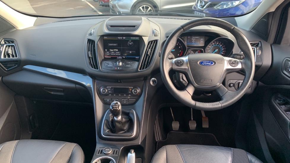 Ford Kuga 1.5 EcoBoost Titanium 2WD image 11