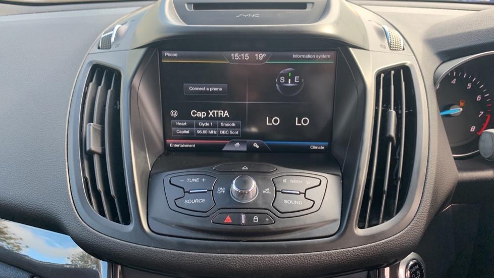 Ford Kuga 1.5 EcoBoost Titanium 2WD image 15