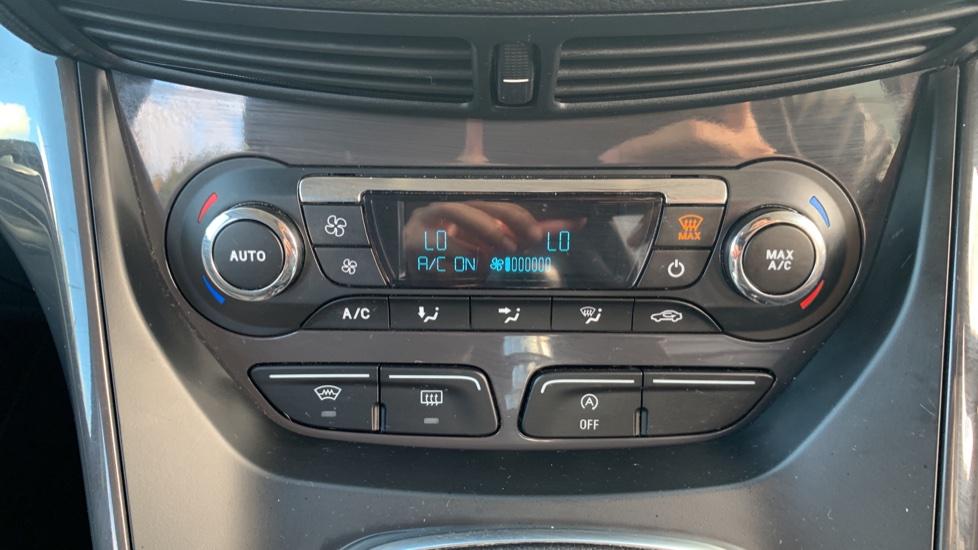 Ford Kuga 1.5 EcoBoost Titanium 2WD image 16