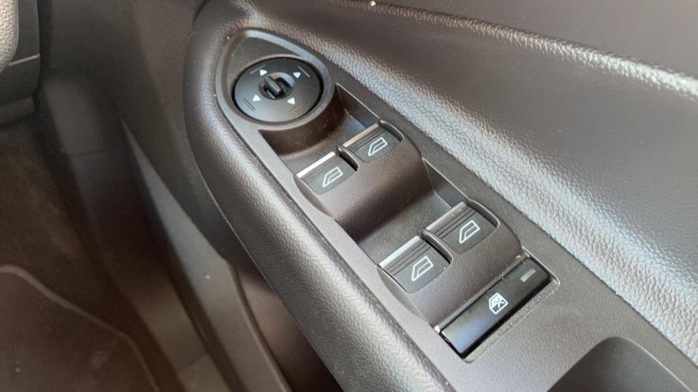 Ford Kuga 1.5 EcoBoost Titanium 2WD image 20
