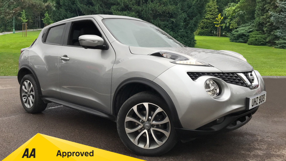 Nissan Juke 1.6 Tekna Xtronic Automatic 5 door Hatchback (2017)