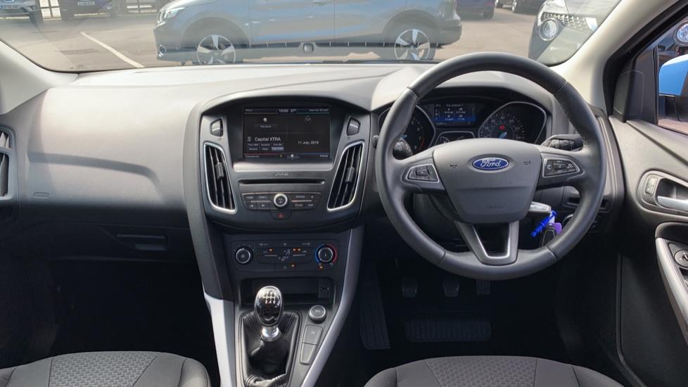 Ford Focus 1.0 EcoBoost 125 Zetec 5dr image 11