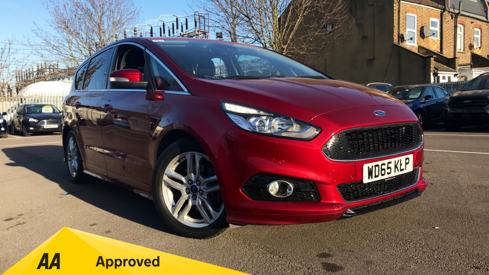 Ford S-MAX 2.0 EcoBoost Titanium Sport 5dr Automatic Estate (2015) available from Fiat and Jeep Oldham Motors thumbnail image
