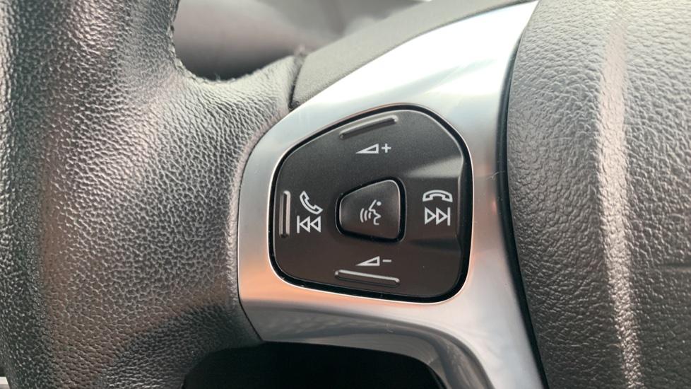 Ford Fiesta 1.0 EcoBoost Zetec 3dr image 18