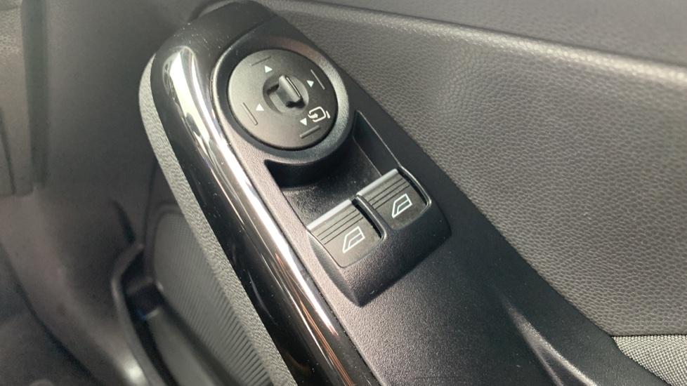 Ford Fiesta 1.0 EcoBoost Zetec 3dr image 19