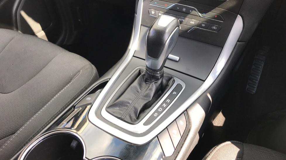 Ford S-MAX 2.0 TDCi 180 Titanium 5dr Powershift image 17