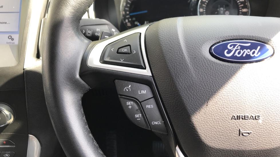 Ford S-MAX 2.0 TDCi 180 Titanium 5dr Powershift image 18