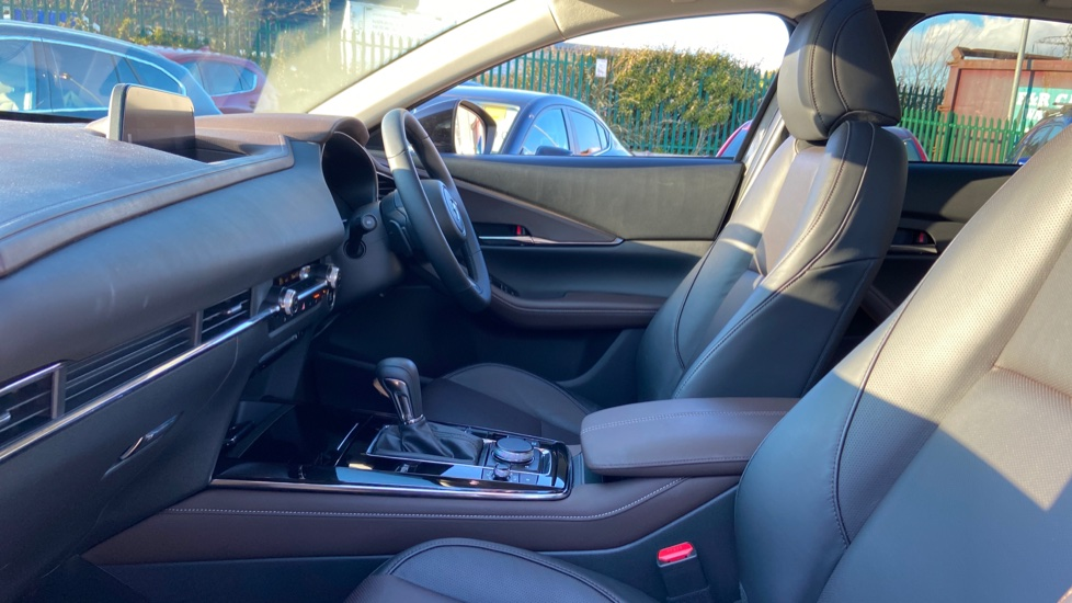 Mazda CX-30 2.0 Skyactiv-X MHEV GT Sport Tech AWD image 3