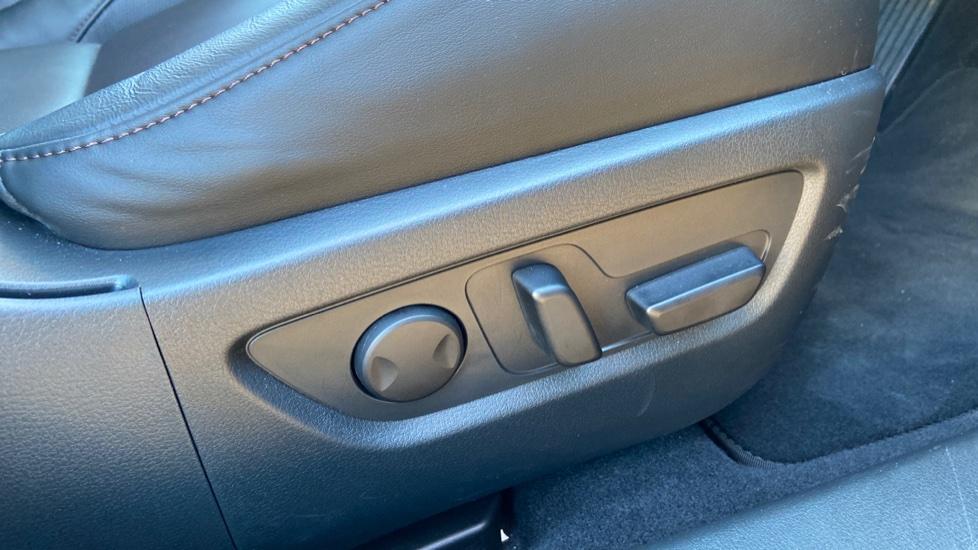 Mazda CX-30 2.0 Skyactiv-X MHEV GT Sport Tech AWD image 16