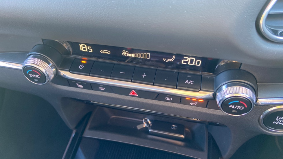 Mazda CX-30 2.0 Skyactiv-X MHEV GT Sport Tech AWD image 37