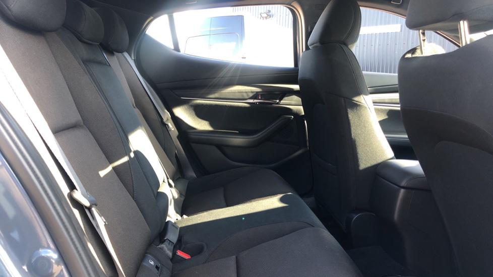 Mazda 3 1.8 Skyactiv-D SE-L Lux 5dr image 4