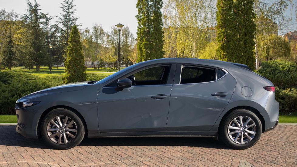 Mazda 3 1.8 Skyactiv-D SE-L Lux 5dr image 5
