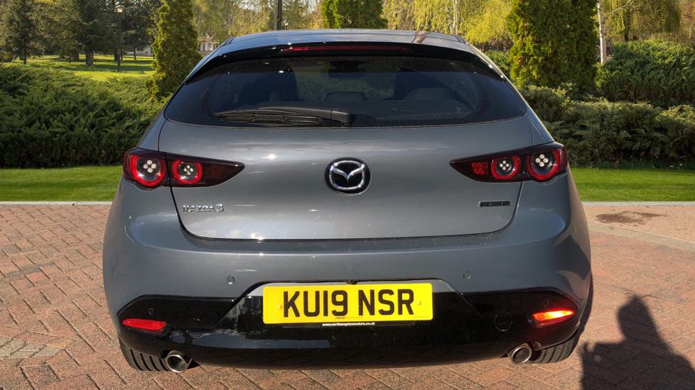 Mazda 3 1.8 Skyactiv-D SE-L Lux 5dr image 6