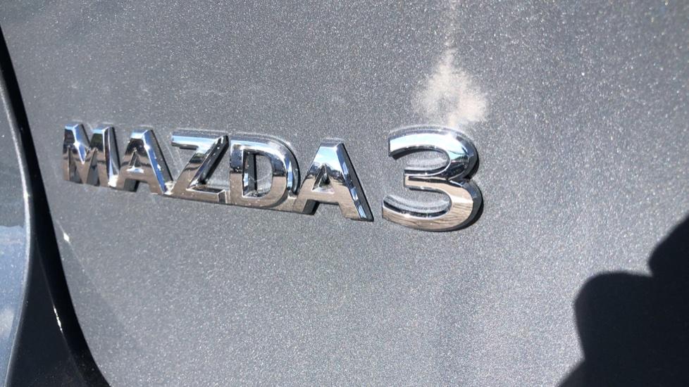 Mazda 3 1.8 Skyactiv-D SE-L Lux 5dr image 10