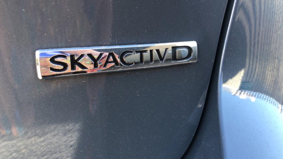 Mazda 3 1.8 Skyactiv-D SE-L Lux 5dr image 12