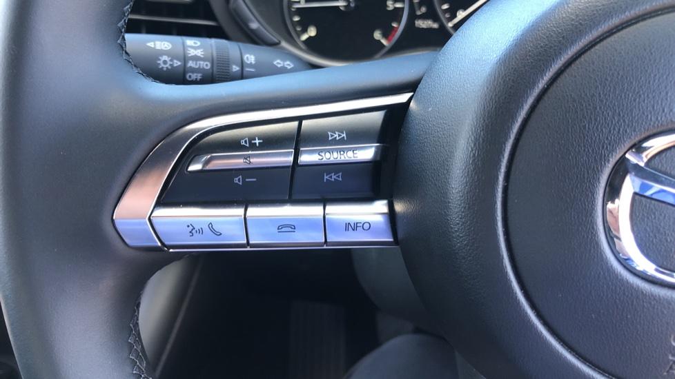 Mazda 3 1.8 Skyactiv-D SE-L Lux 5dr image 19