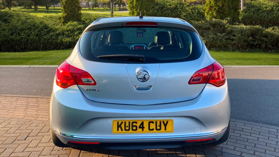 Vauxhall Astra 1.4i 16V Excite 5dr image 6
