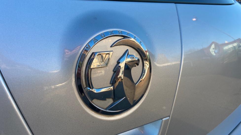Vauxhall Astra 1.4i 16V Excite 5dr image 11