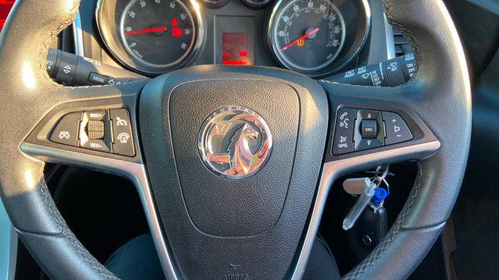 Vauxhall Astra 1.4i 16V Excite 5dr image 17