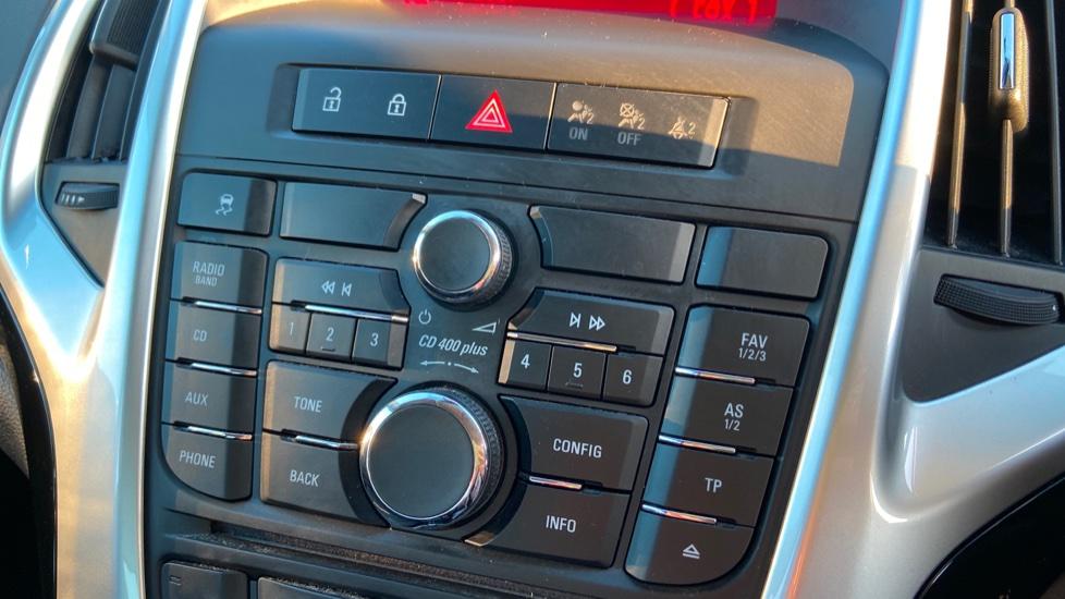 Vauxhall Astra 1.4i 16V Excite 5dr image 22