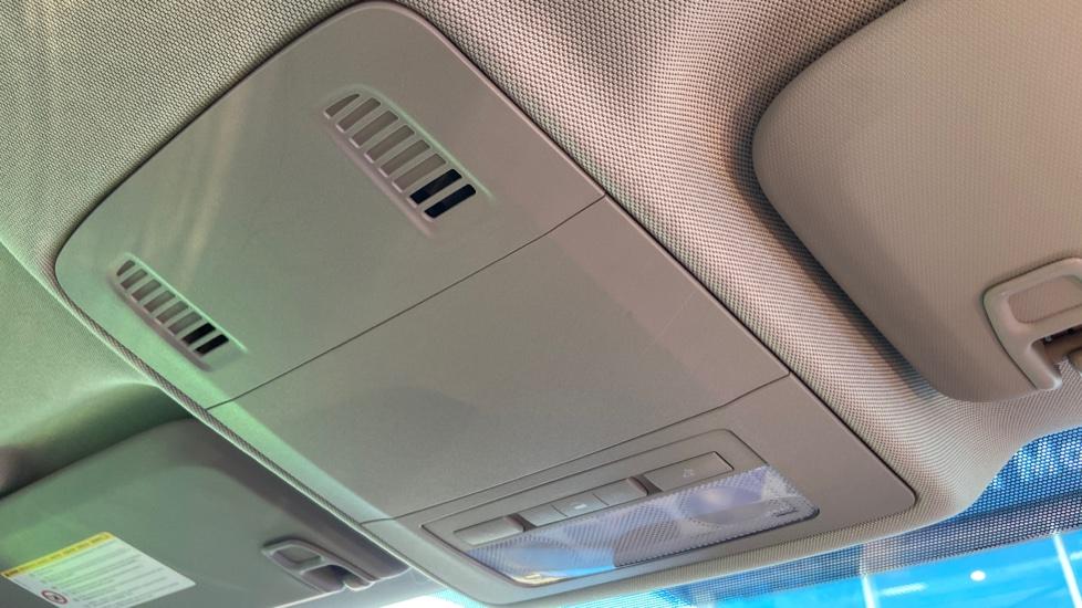 Vauxhall Astra 1.4i 16V Excite 5dr image 29
