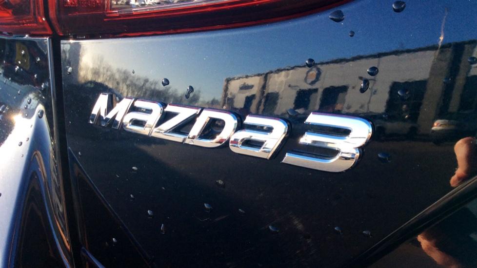 Mazda 3 2.2d SE-L Nav 5dr image 10