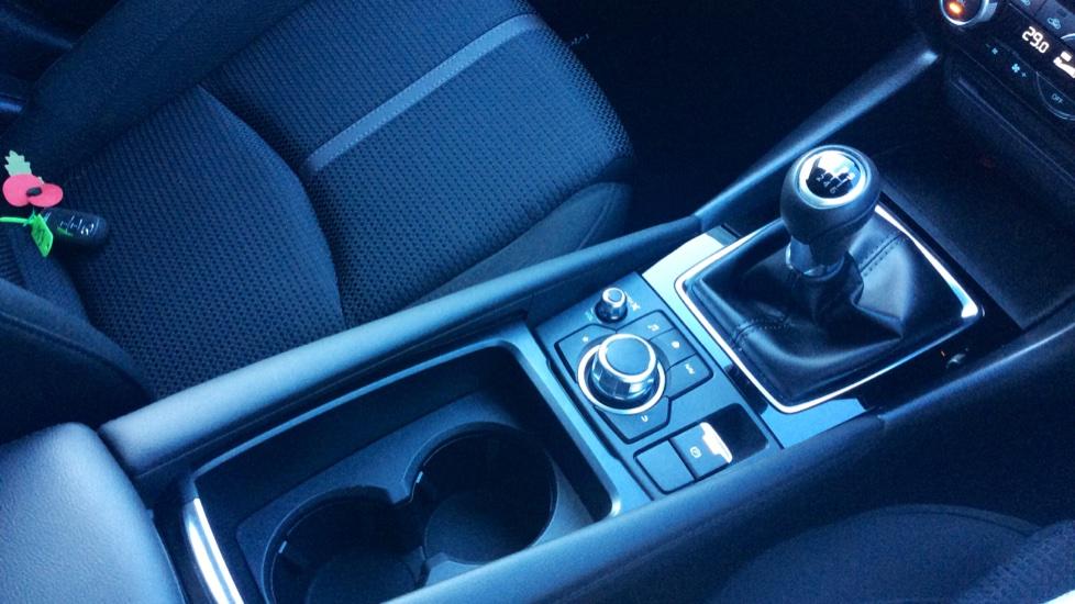 Mazda 3 2.2d SE-L Nav 5dr image 23