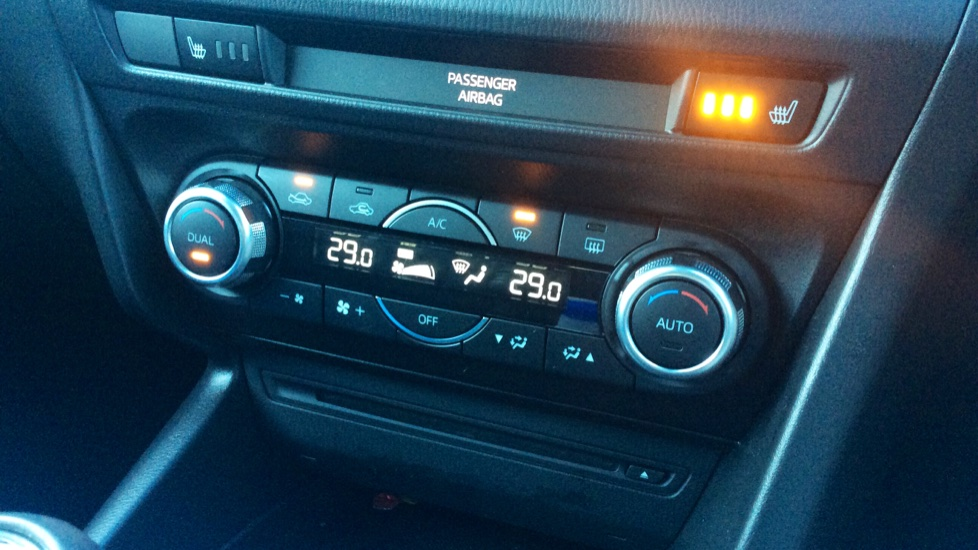 Mazda 3 2.2d SE-L Nav 5dr image 27