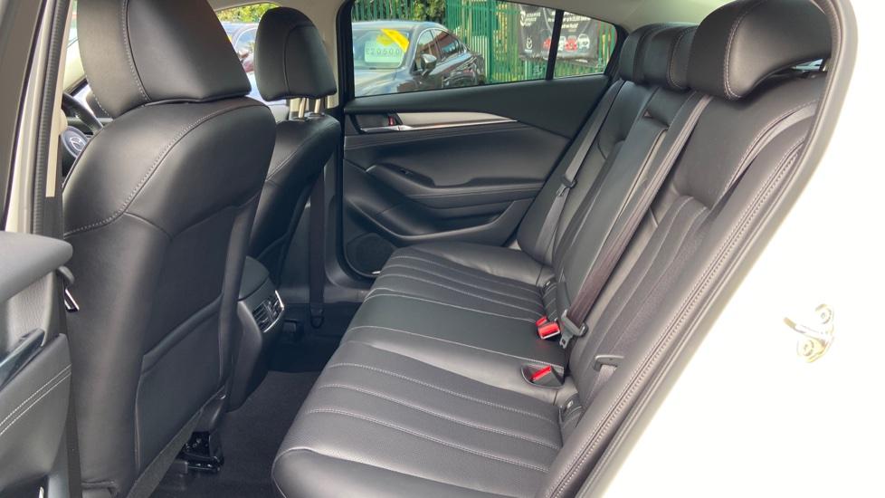 Mazda 6 2.2d Sport Nav+ 4dr image 4