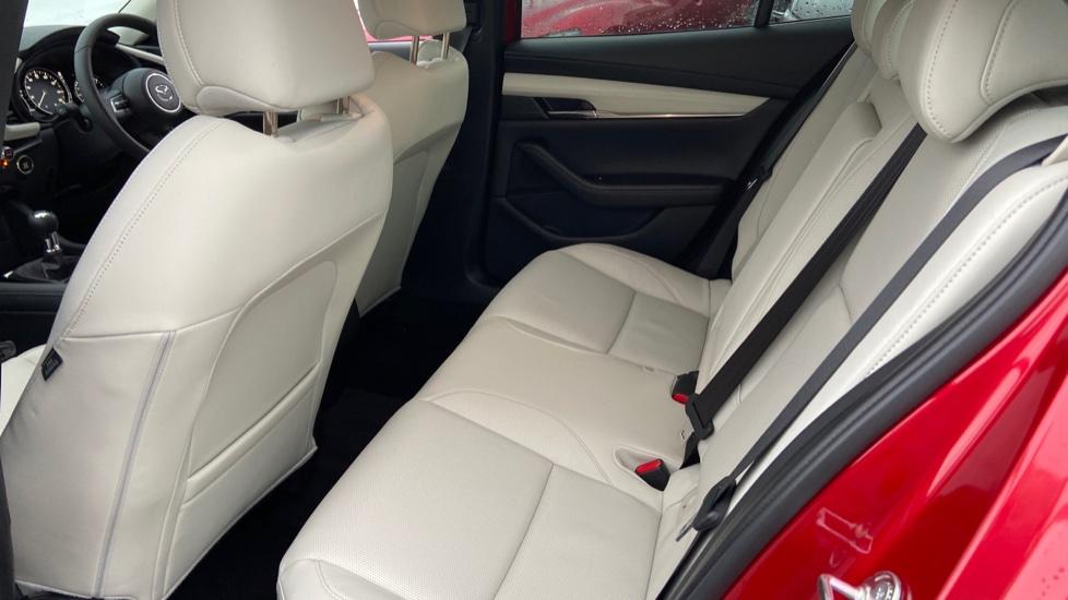 Mazda 3 Fastback 2.0 Skyactiv-X MHEV GT Sport Tech 5dr image 4