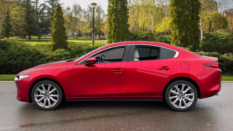 Mazda 3 Fastback 2.0 Skyactiv-X MHEV GT Sport Tech 5dr image 5