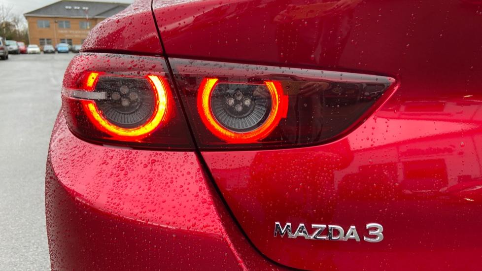 Mazda 3 Fastback 2.0 Skyactiv-X MHEV GT Sport Tech 5dr image 11
