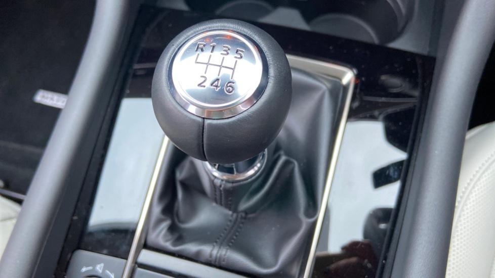 Mazda 3 Fastback 2.0 Skyactiv-X MHEV GT Sport Tech 5dr image 40
