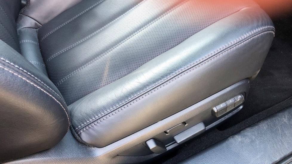 Mazda 6 2.2d SE-L Lux Nav+ 4dr image 16